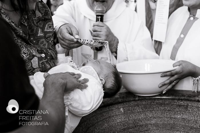 Fotógrafo Batizado Contagem - Igreja Matriz São Gonçalo