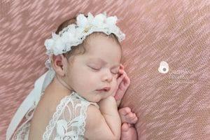 Fotos no estúdio fotografia newborn ou em casa