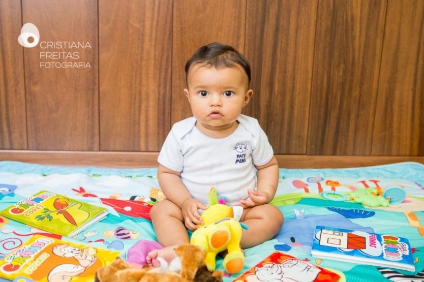 Fotografia acompanhamento mensal bebê Belo Horizonte