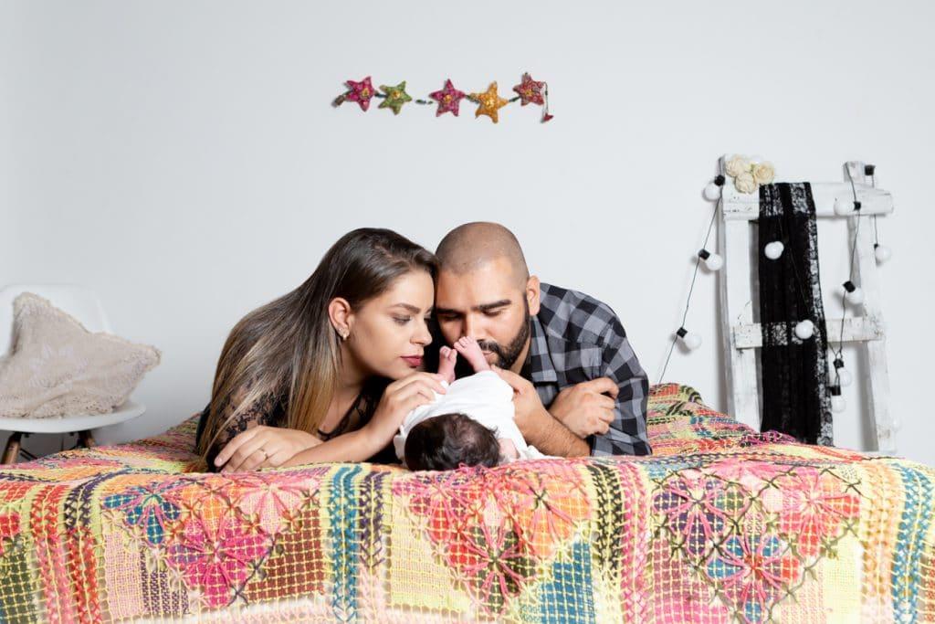 book bebê recem-nascido, ensaio recem-nascido estudio, book bebê recem-nascido estudio, fotografia bebê estudio, book bebê belo horizonte, book bebê betim, fotógrafo bebê recem-nascido, estudio com cama book bebê